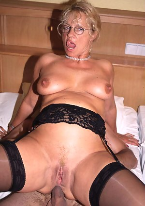 Free Mature Anal Porn Pictures