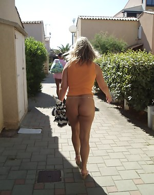Free Mature Public Porn Pictures